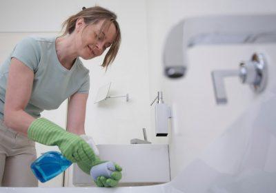 Cara Menjaga Kebersihan Kamar Mandi Agar Tidak Cepat Kotor dan Jadi Sarang Kuman